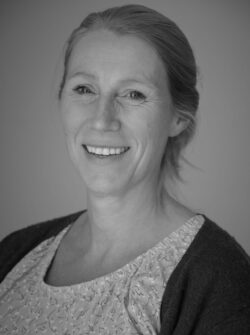 Suzanne Dukker